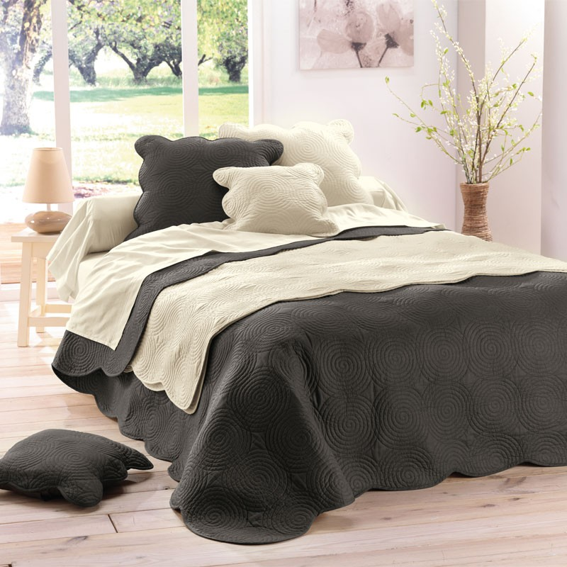 couvre lit boutis matelass 220x240 anthracite. Black Bedroom Furniture Sets. Home Design Ideas