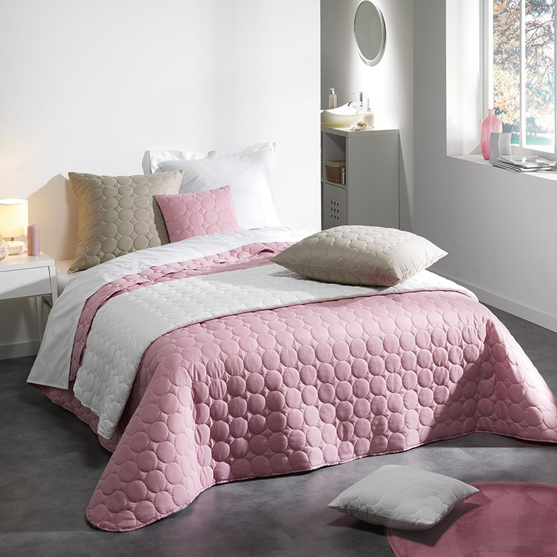 couvre lit matelass candy 220x240cm rose. Black Bedroom Furniture Sets. Home Design Ideas