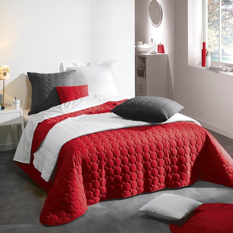 couvre lit matelass candy 220x240cm rouge. Black Bedroom Furniture Sets. Home Design Ideas