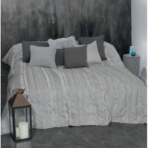 dessus de lit rayure 240x260cm gris clair. Black Bedroom Furniture Sets. Home Design Ideas